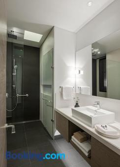 8010 Urban Living - Bogotá - Bathroom