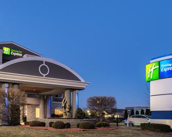 Holiday Inn Express Branford-New Haven - Branford - Edificio