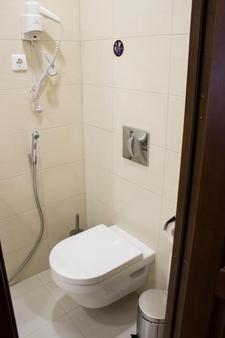 Stasov Hotel - Saint Petersburg - Bathroom