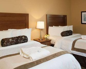 Temple Gardens Hotel & Spa - Moose Jaw - Bedroom