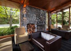 Scenic Hotel Franz Josef Glacier - Franz Josef Glacier - Living room