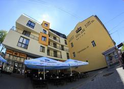 Hotel Cisar - Lviv - Bina