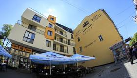 塞薩爾酒店 - 利沃夫 - 建築