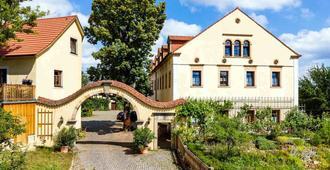 Landhotel Gut Wildberg - Meissen - Building