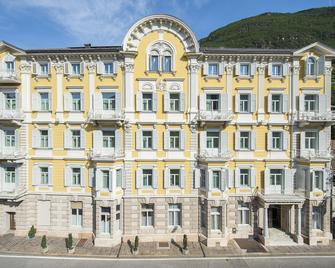 Stiegl Scala Hotel - Bolzano - Building