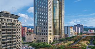 Shangri-La's Far Eastern Plaza Hotel Taipei - Taipei - Gebäude