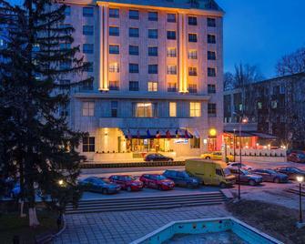 Radisson Blu Leogrand Chisinau - Chisinau - Building