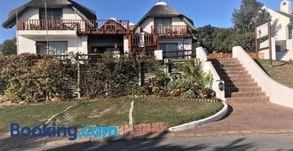 Cycads on Sea Guest House - Saint Francis Bay - Edificio