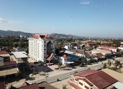 Favanhmai Hotel - Phonsavan - Vista del exterior