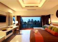 Natai Beach Resort and Spa - Takua Thung - Bedroom