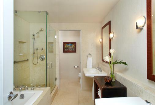 Lotus Honolulu at Diamond Head - Honolulu - Bathroom