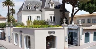 White 1921 Saint-Tropez - Saint-Tropez - Building
