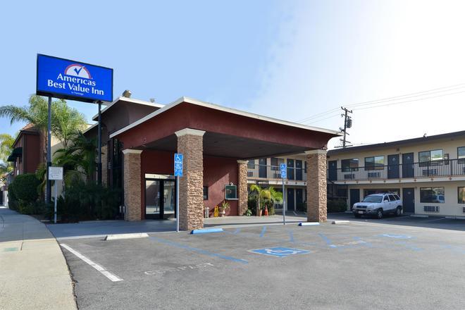Americas Best Value Inn Pasadena Arcadia - Pasadena - Building