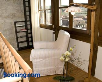Jakobsturm Ferien im Turm - Tauberrettersheim - Wohnzimmer