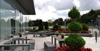 Clarion Hotel Bergen Airport - Bergen - Patio