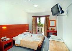 晴朗景觀酒店 - 科斯島 - 卡達麥納 - 臥室