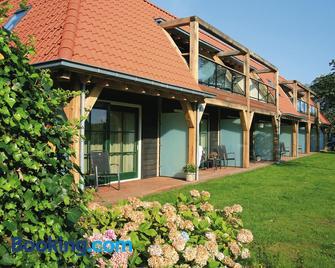 Hotel De Walvisvaarder - Lies - Building
