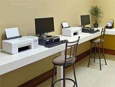Hawthorn Suites by Wyndham Orlando Lake Buena Vista - Orlando - Business centre