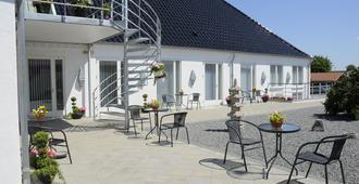 CoCo Bed & Breakfast - Esbjerg - Innenhof