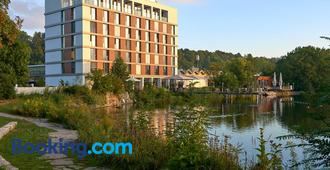 LAGO hotel & restaurant am see - Ulm - Gebouw