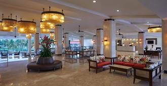 Holiday Inn Resort Goa - Cavelossim - Lobby