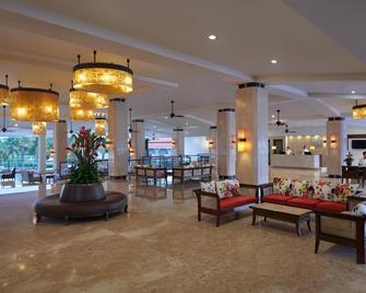 Holiday Inn Resort Goa - Cavelossim - Salónek