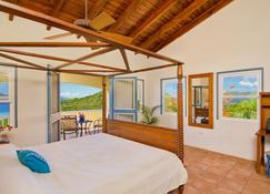 A Secluded Walk to Beach Villa - Freshwater Pond - Bedroom
