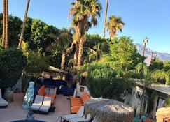 Sea Mountain Inn Nude Resort - Adults Only - Desert Hot Springs - Pool