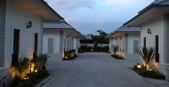 The Sixnature Resort Bangsaen - Chonburi - Θέα στην ύπαιθρο