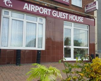 Airport Guest House - Слау - Здание