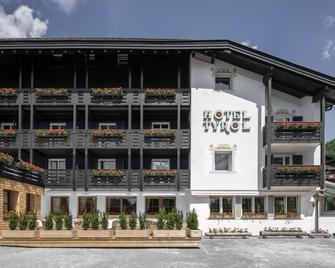 Hotel Tyrol - Wolkenstein in Gröden - Gebäude