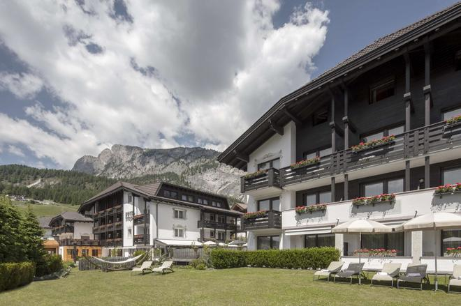 Hotel Tyrol - Selva di Val Gardena - Edificio