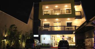 Hotel Swk 95 - Surabaya
