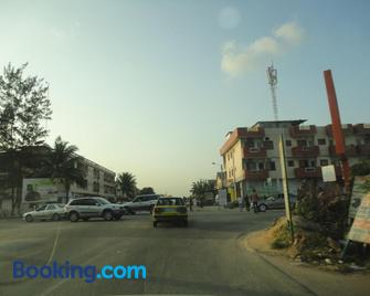 Villa Cb - Abidjan - Gebouw