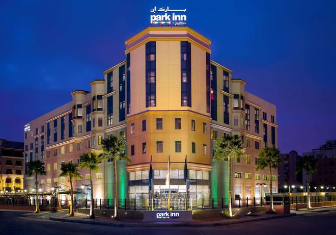 Park Inn by Radisson Al Khobar - Al Khobar - Κτίριο