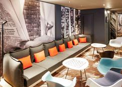 ibis London Heathrow Airport - Hayes - Lounge