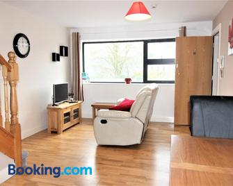 Courtyard Apartments - Castlebar - Living room
