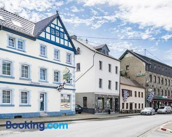 Nurburgring Rooms Pinocchio - Adenau - Gebäude