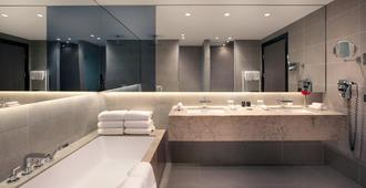 Crowne Plaza Berlin - Potsdamer Platz - Berlin - Phòng tắm