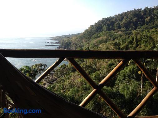 Solar Singuitta - Ilhabela - Balcony
