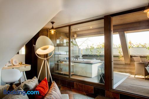 Romantik Hotel Manoir Ogygia - Poperinge - Balcony