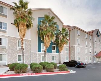 Woodspring Suites Phoenix Peoria - Peoria - Gebäude