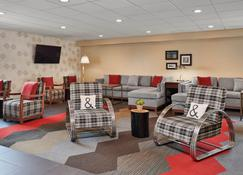 Four Points by Sheraton Milwaukee Airport - Milwaukee - Lounge