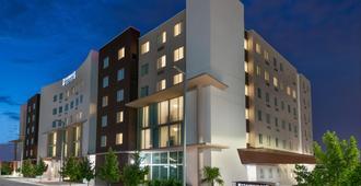 Staybridge Suites Miami International Airport - Miami - Edificio