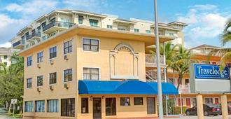 Travelodge by Wyndham Fort Lauderdale - Fort Lauderdale - Gebäude