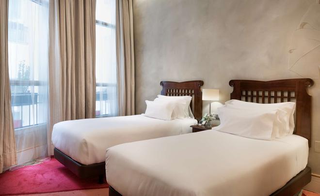 NH Collection Madrid Paseo del Prado - Madrid - Bedroom
