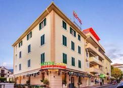 Hotel Montenegrino - Tivat - Bâtiment