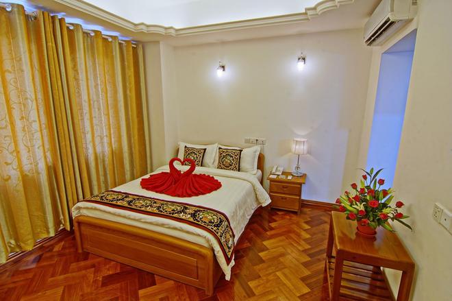 Hotel 76 - Mandalay - Bedroom