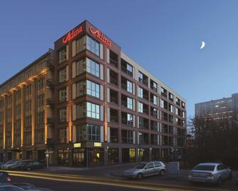 Adina Apartment Hotel Berlin Checkpoint Charlie - Berlin - Building