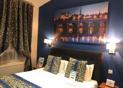 Hotel Kyriad Saumur - Saumur - Sovrum